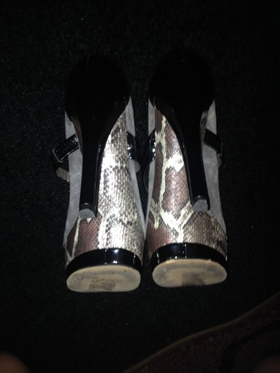 Jessica Simpson Gry / Blk / Snake skin Pumps