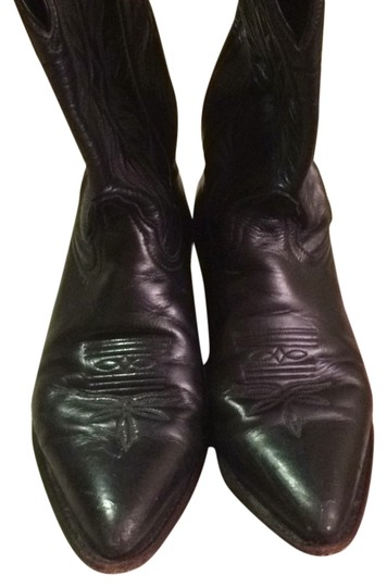Preload https://img-static.tradesy.com/item/8390566/tony-lama-black-cowboy-bootsbooties-size-us-7-regular-m-b-0-2-540-540.jpg