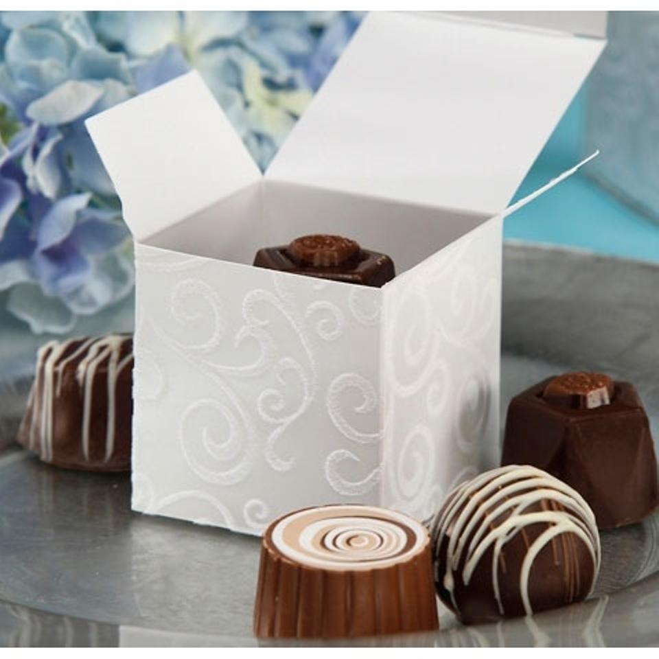 White Flocked Swirl Boxes Wedding Favors - Tradesy