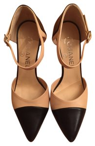 Chanel Beige and black Pumps