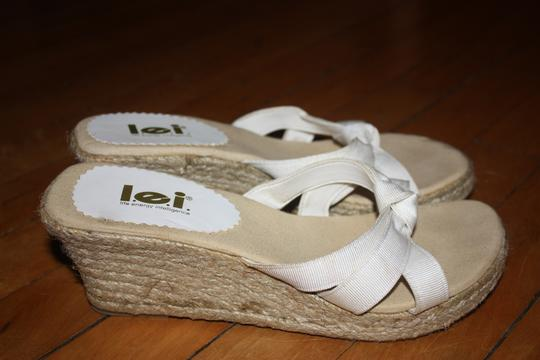 L.E.I. Lei 8.5 White Wedges
