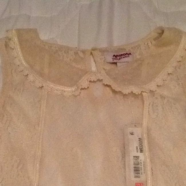 Arizona Jeans Company Top Beige