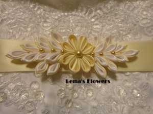 Satin Bridal Kanzashi Flower Sash. Ivory And White