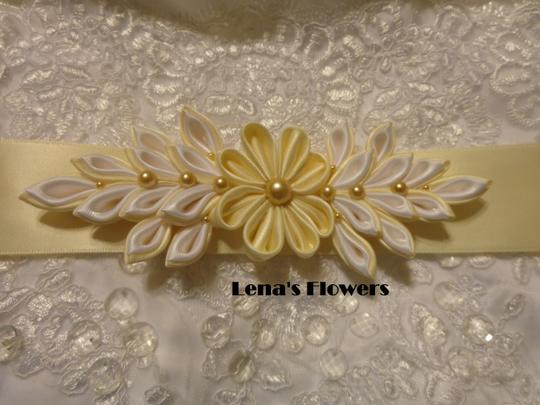 Ivory and White Satin Kanzashi Flower Sash