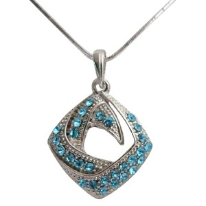Blue Rhinestones Jewelry Diamond Shaped Pendant Necklace Holiday Gift