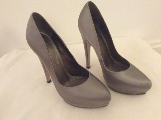 Salvatore Ferragamo Silver/Gray Pumps
