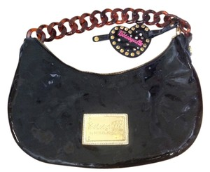 Betseyville Satchel in Black patent