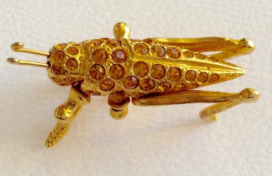 Other Gold Cricket Pin Image 1