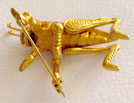 Other Gold Cricket Pin Image 2