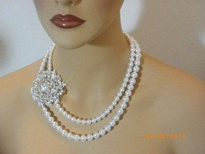 Handmade Vintage Style Swarovski Pearl Wedding Bridal Necklace Pearl Rhinestone Flower Necklace Bridal Necklace White