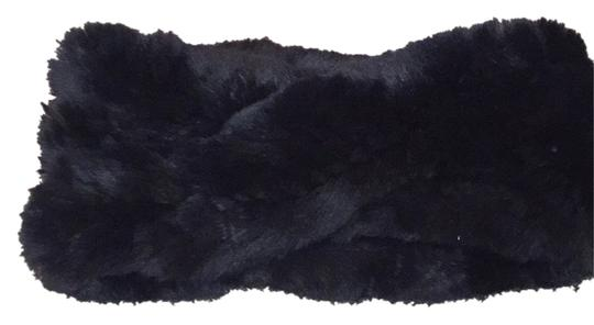 Preload https://img-static.tradesy.com/item/8414311/eugenia-kim-blac-fur-headband-hair-accessory-0-2-540-540.jpg