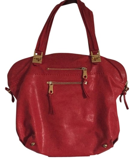 Preload https://img-static.tradesy.com/item/8416945/chloe-red-leather-shoulder-bag-0-2-540-540.jpg