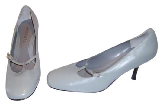 Aerosoles light grey Pumps