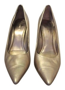 Nine West High Heel Gold Pumps