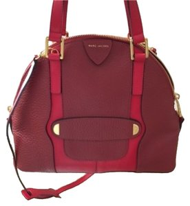 Marc Jacobs Dome Hot Gold Gold Hardware Cross Body Removable Straps Convertible Hand Calfskin Soft Supple Satchel in Red