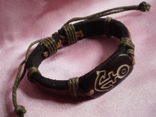 Other New Boho Leather/Wood Bracelet Image 2