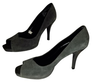 Mossimo Supply Co. Suede Cloth 4 Inch Heel Gray Pumps
