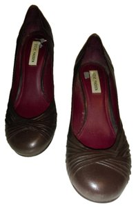 Steve Madden Dark burgundy Pumps