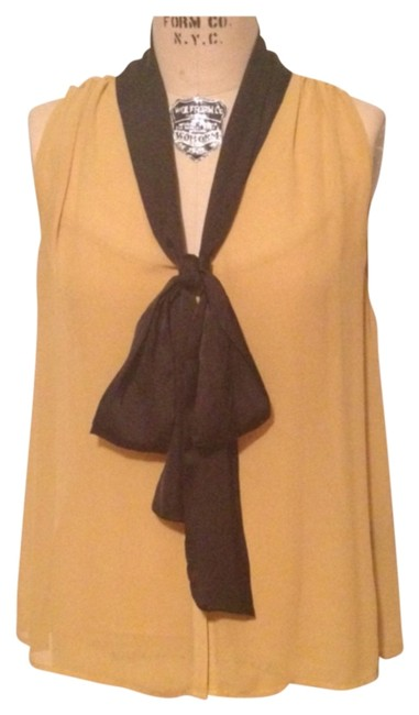 Kardashian Kollection Top Mustard