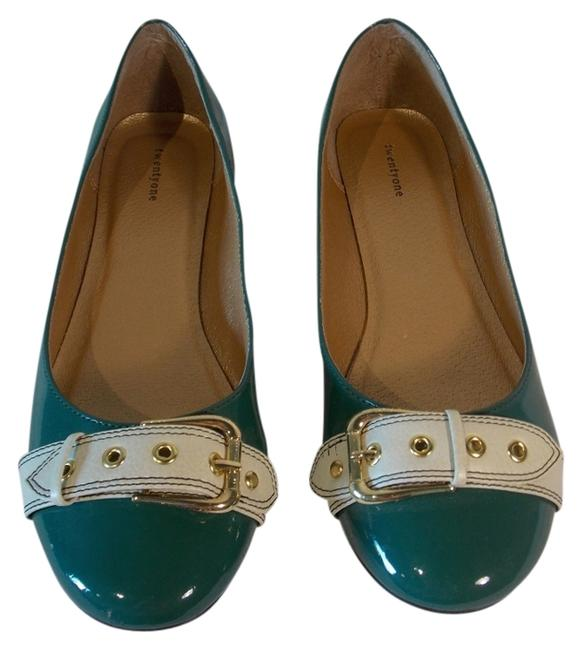 Item - Green & Cream Gold Buckle Flats Size US 9