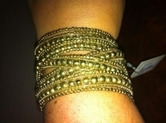Forever 21 FOREVER 21 Wide Gold Cuff Bangle
