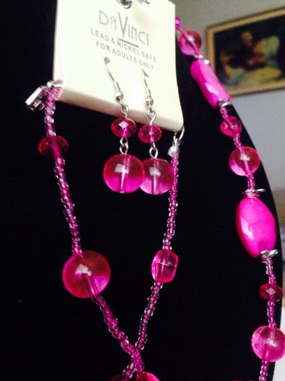 Not Rated Pink Beaded Necklace With Matching Earrings