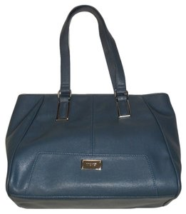 Nine West Ble Tan Lining Silver Hardware Outside Pocket Tote in Blue