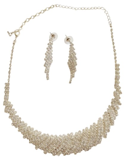Preload https://img-static.tradesy.com/item/8448262/silver-rhinestone-and-earring-set-necklace-0-1-540-540.jpg