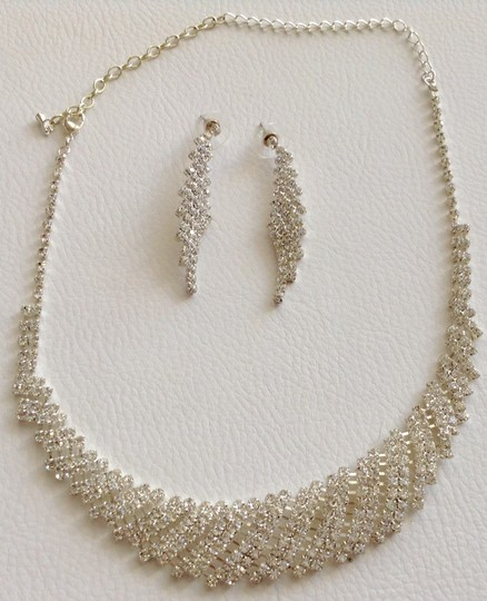 Other Silver Rhinestone Necklace and Earring Set