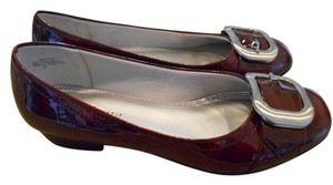 Kelly & Katie Buckle 6 M 6m Work Office Dressy Party Burgundy Shiny Silver New Wine Red Flats