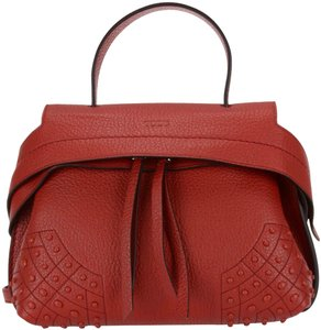 Tod's Tote in Red