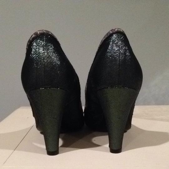 Marc Jacobs Green With Gray Snakeskin Pumps