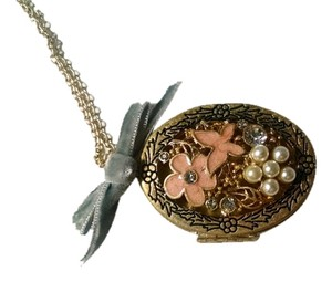 Betsey Johnson Betsey Johnson Flower Locket Bow Pendant Necklace Antiqued Gold J1486
