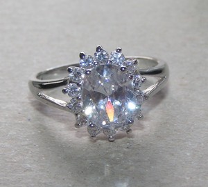 Perfect White Topaz Engagement Fashion Ring Free Shipping