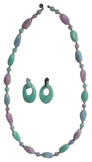 Preload https://img-static.tradesy.com/item/846077/pastel-necklace-and-matching-earrings-0-0-540-540.jpg