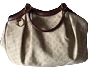 Gucci Canvas Monogrammed Sukey Tote in Beige/White