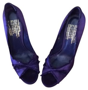 Pedro Garcia Purple Pumps