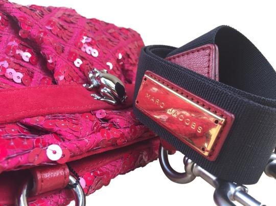 Marc Jacobs Sequins Sequined Leather Quilt Oxblood Clutch Convertible Removable Strap Gold Silver Glitter Holiday Cross Body Bag Image 2
