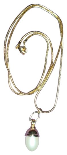 Preload https://item5.tradesy.com/images/liz-claiborne-goldtone-with-large-faux-pearl-charm-vintage-necklace-846489-0-0.jpg?width=440&height=440