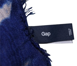 Gap Lot of 3 Gap Scarfs