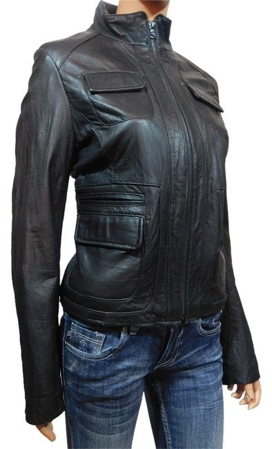 Preload https://img-static.tradesy.com/item/8469025/kenneth-cole-black-new-military-style-fitted-leather-jacket-size-8-m-0-1-650-650.jpg