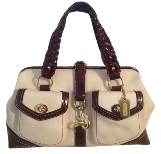 Preload https://img-static.tradesy.com/item/8469949/coach-daphane-6677-natural-canvaschocolate-patent-leathercanvas-satchel-0-1-540-540.jpg