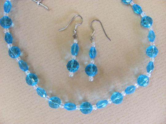 Other NEW SET! ROUND/LONG BEADS Image 1
