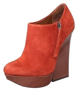 Boutique 9 Ankle Fashion Platform Rust Red Boots