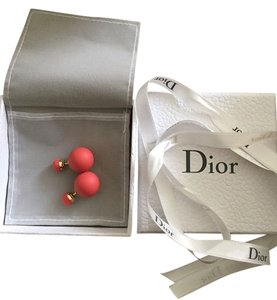 Dior Christian Dior Mise En Dior Tribal Coral Matte Earrings
