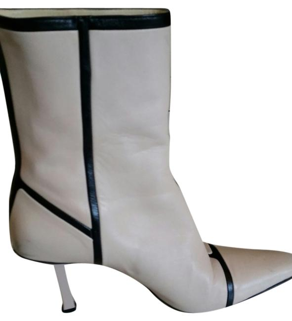 Narciso Rodriguez Light Pink & Blk Leather Two-tone Classic Vintage Boots/Booties Size US 8 Narciso Rodriguez Light Pink & Blk Leather Two-tone Classic Vintage Boots/Booties Size US 8 Image 1