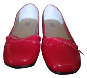 Valley Lane Comfortable Stylish Versatile dusty red Flats