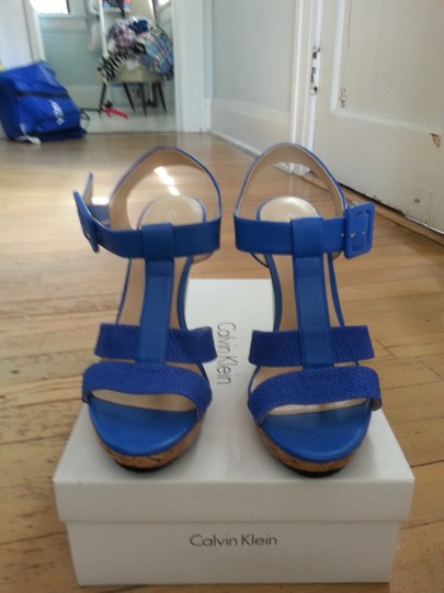 Calvin Klein Bright Sandal Snakeskin Electric Blue Platforms