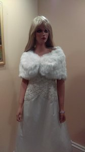 Adorable Faux Fur Bridal Cover Up Light Ivory