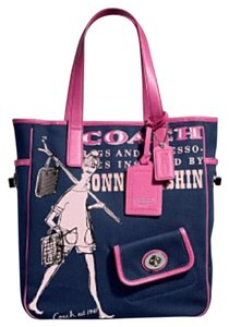Coach Tote in Navy/pink